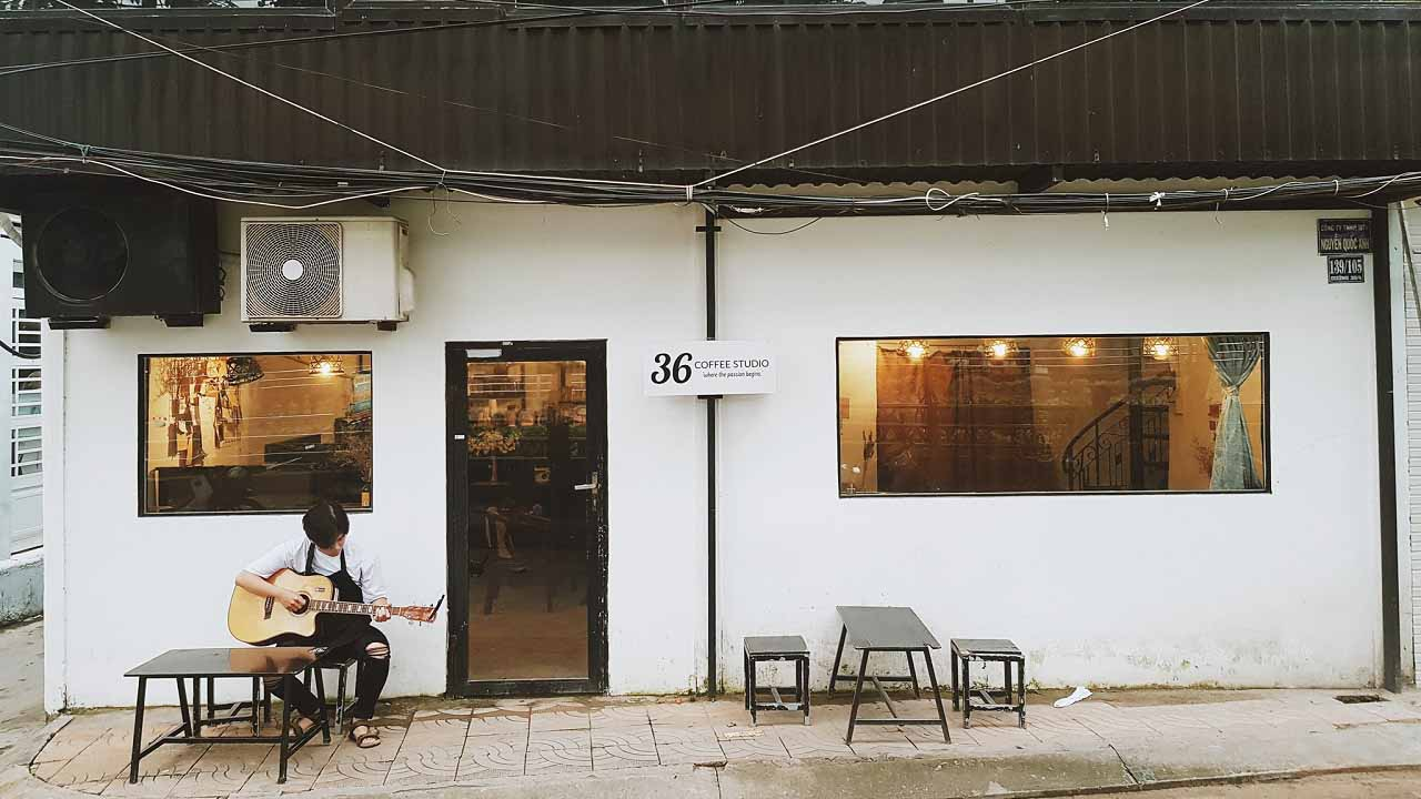 Quán cafe 33 Coffee Studio - When the passion begins