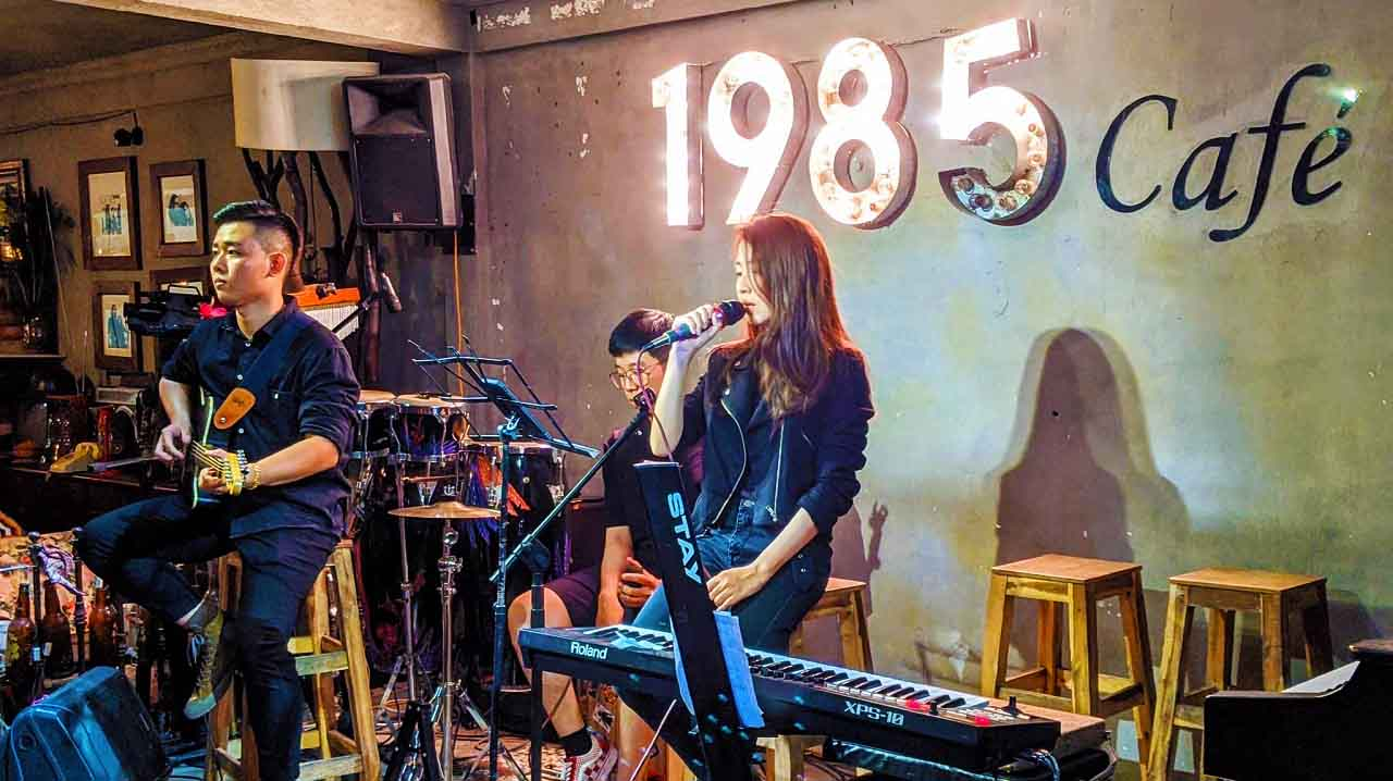 Cafe 1985 Acoustic